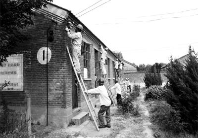 世纪80 年代,农村各家各户开始安装电表.